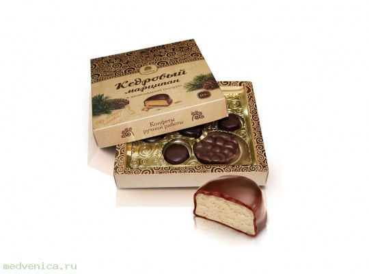 Кедровый марципан в шоколадной глазури,